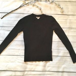 H&M Tops - H&M Cute Ribbed Black Long Sleeve